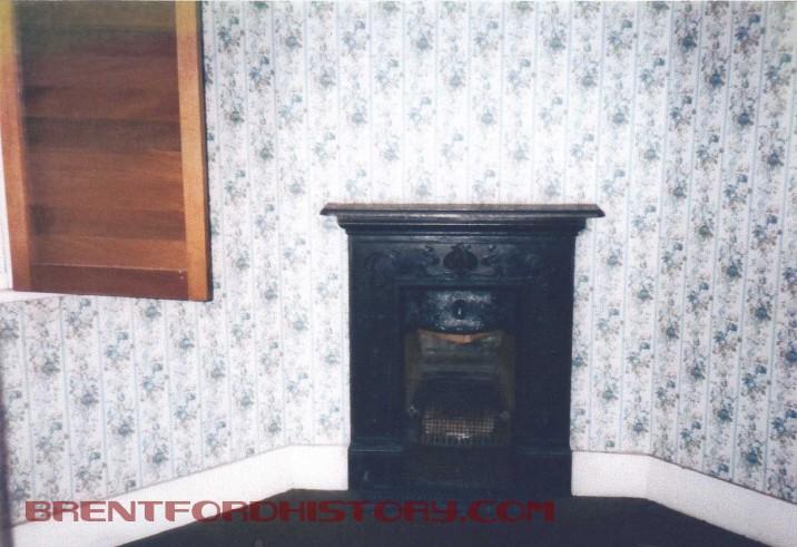 Boatmen's Institute, fireplace
