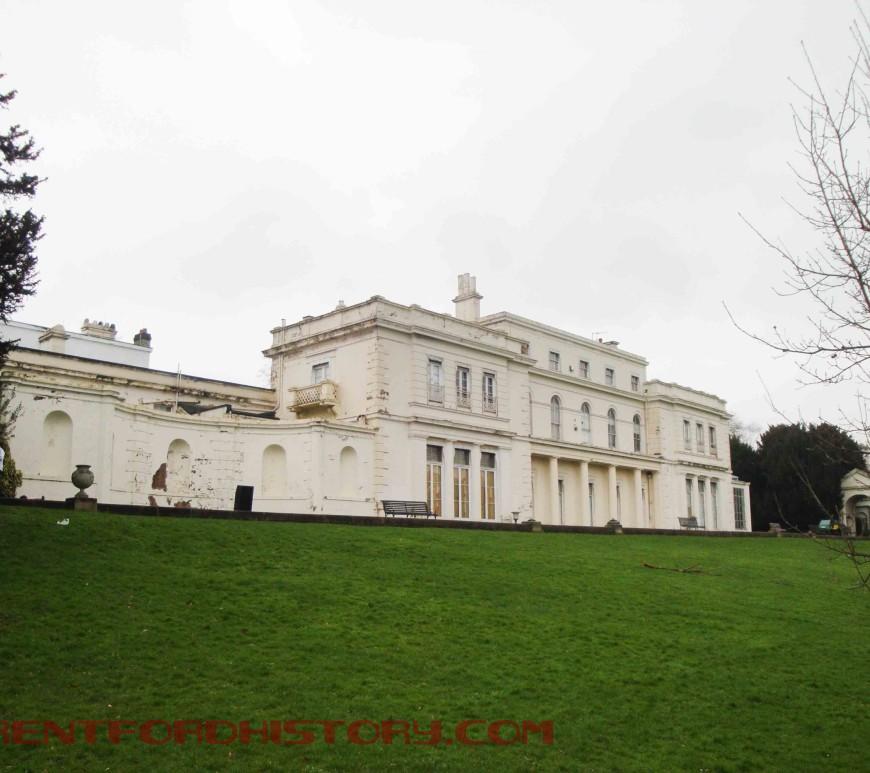 Gunnersbury House