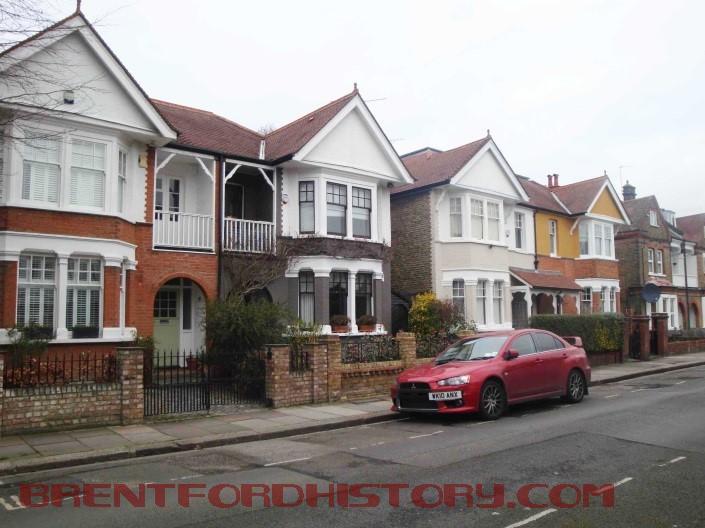 Somerset Road (east side)