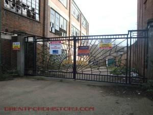 Wilson & Kyle gates